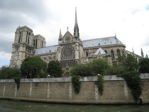 View from the Seine river of the Cathédrale de Notre Dame de Paris