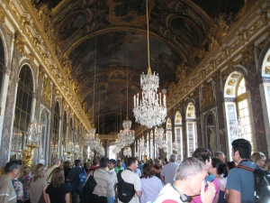 The hall of mirrors...a very very crowded hall.