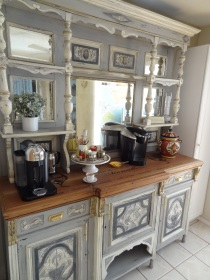 At home on the coffee station
